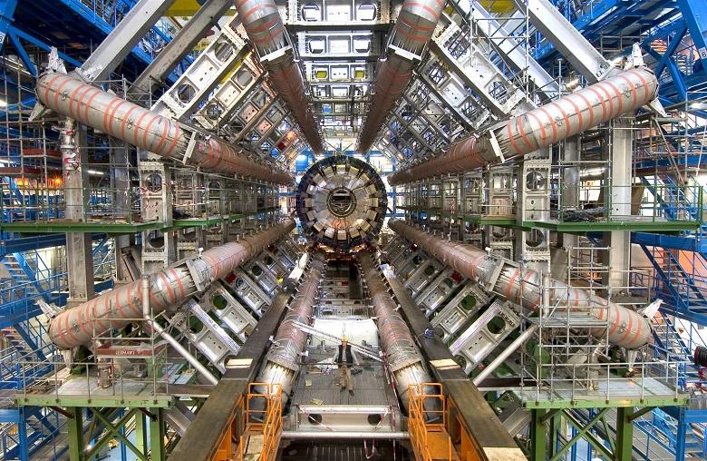 Le grand collisionneur de hadrons, qu'est-ce que c'est 3