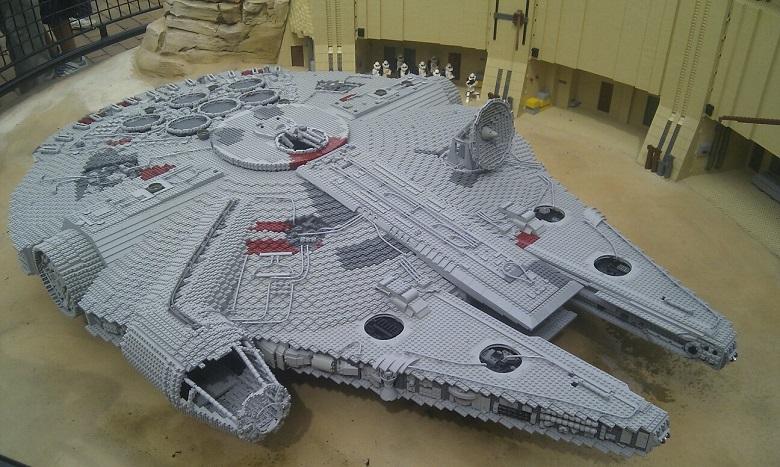 Les vaisseaux de Star Wars dans votre salon 3