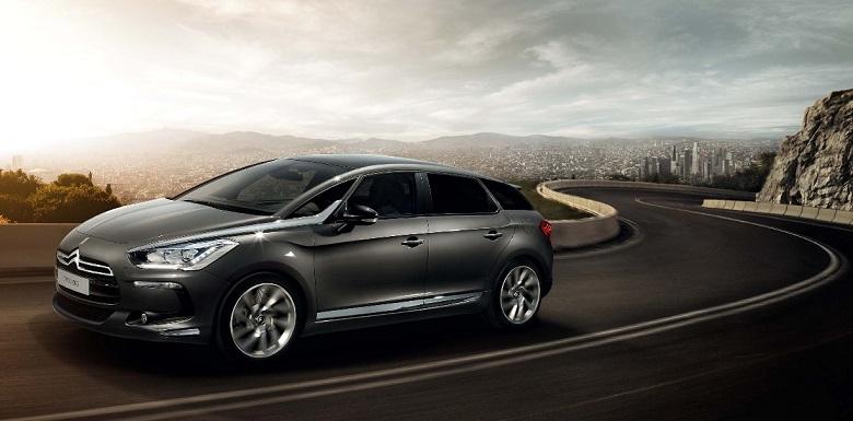 Une voiture hybride pour un environnement meilleur 3