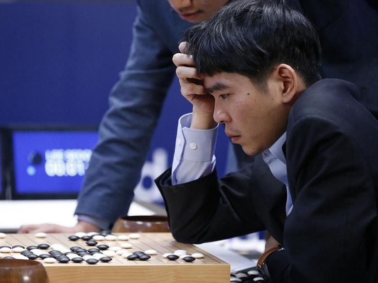 Faut-il avoir peur du robot AlphaGo 2